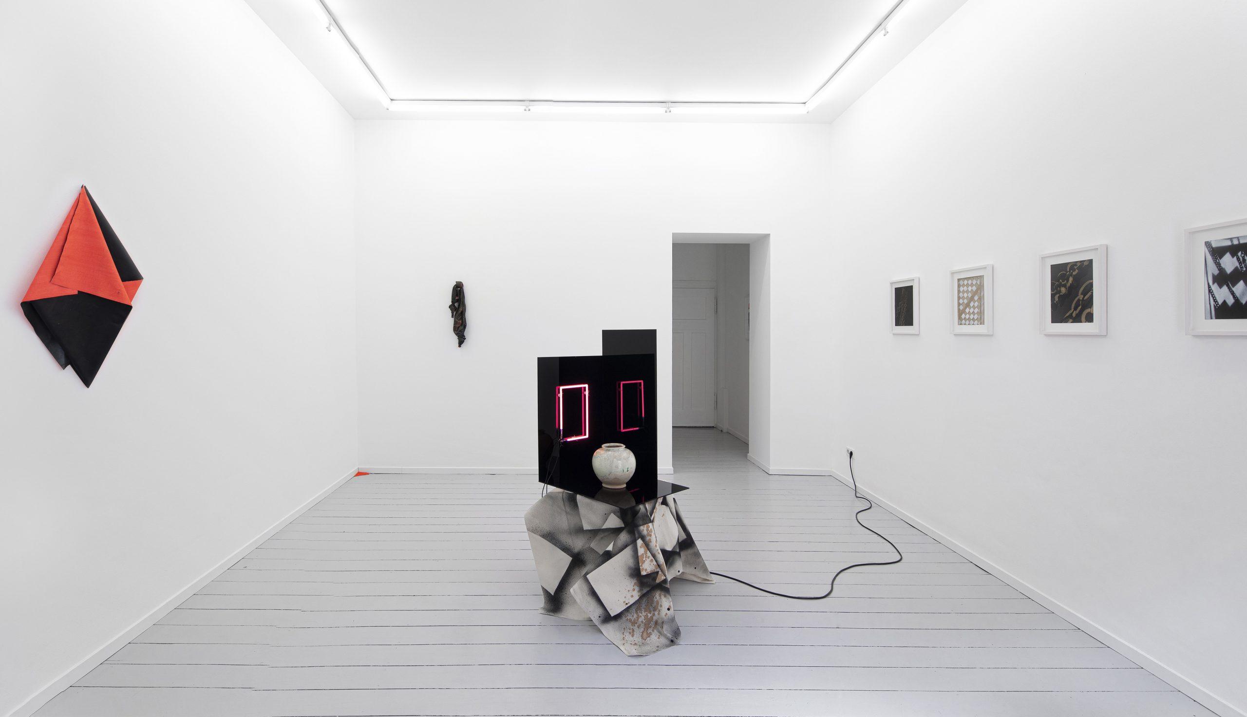 Anna Friedel | Studio Crate Digging | basedonart gallery | Düsseldorf | 2019 | Photo: Johannes Pöttgens