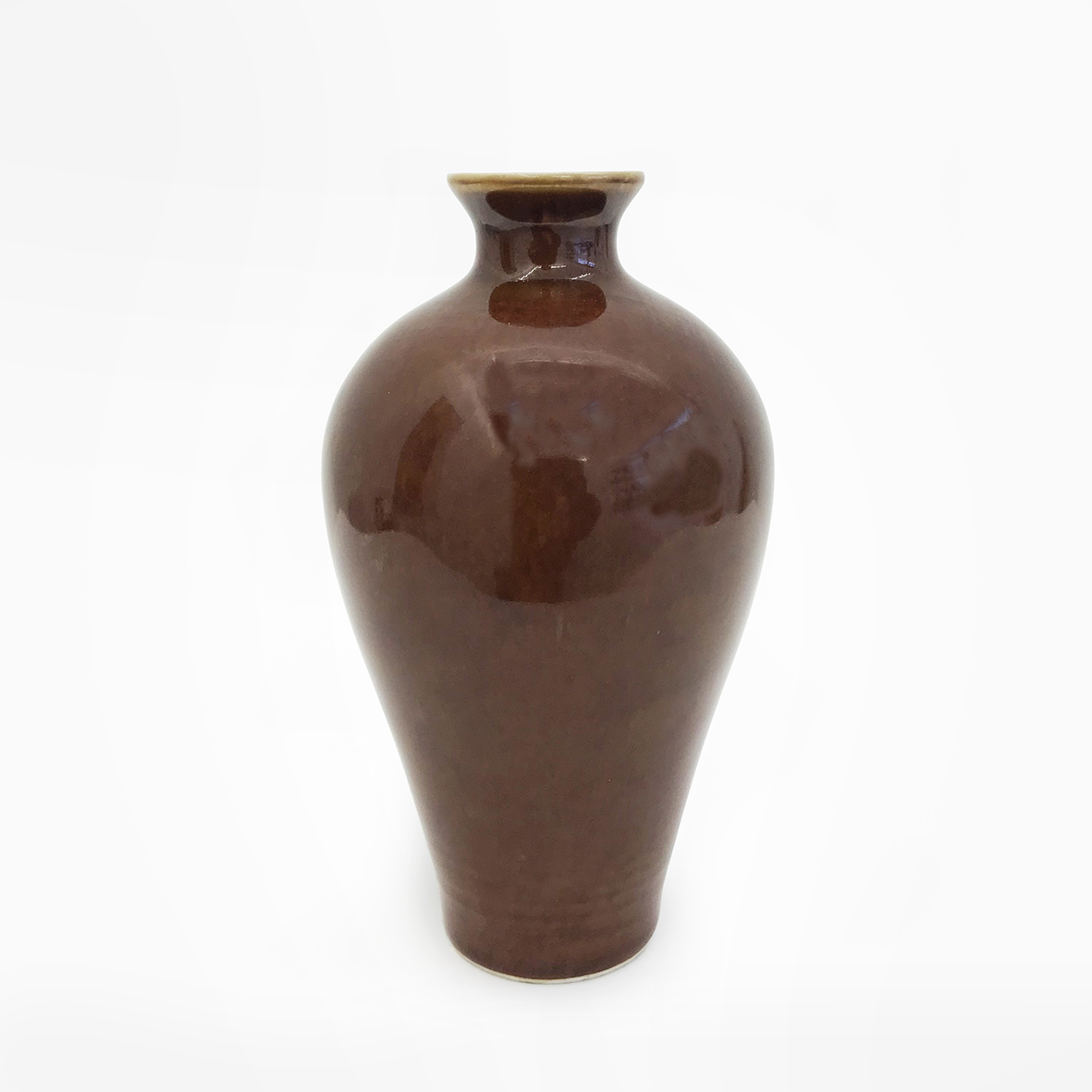 Monochron brown Meiping Vase_porcelain_China_Ming Dynasty_basedonart gallery